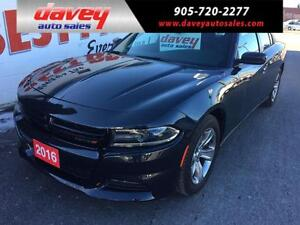 2016 Dodge Charger SXT SUNROOF, NAVIGATION, HEATED SEATS