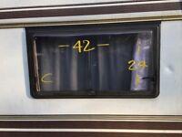 Caravan Windows ( ad 23 of 29 )