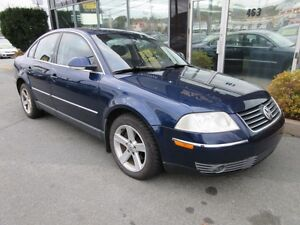 2004 Volkswagen Passat V6 4MOTION AWD WITH LEATHER