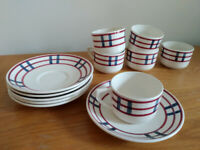 Superb French vintage coffee set - Gien fine Faience, hand-painted