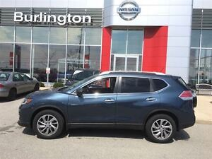 2014 Nissan Rogue SL AWD, NAVi, LEATHER, ACCIDENT FREE !