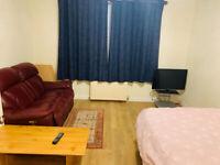3 bed flat near Aberdeen Uni, dyce & bridge of don £750