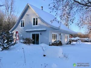 230 000$ - Maison 2 étages à vendre à St-Léonard-D'Aston