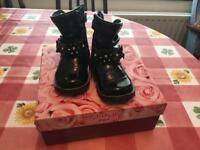 Girls toddler shoes size 4