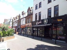 ***Two man OFFICE TO LET*** Woking Town Centre £500 p/m No VAT. 20 seconds from Woking train station