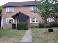 large one bedroom flat in Edgware,close to broadway shops and transport , £200.00 PW