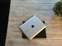Apple iPad 3rd Gen - 16GB - Retina Display