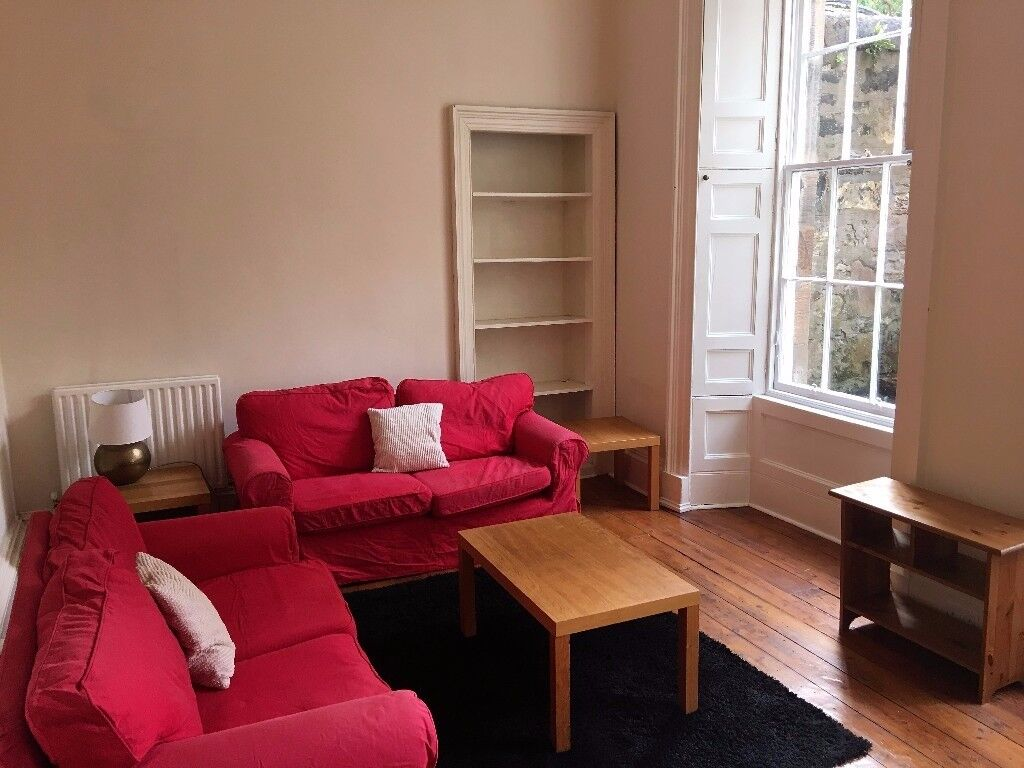 Large one bedroom flat in popular Canonmills
