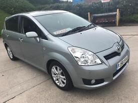 TOYOTA COROLLA VERSO DIESEL ( 2009 years ) very good condition
