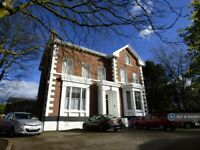 1 bedroom flat in Parkfield Road, Liverpool, L17 (1 bed) (#1100945)