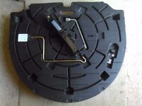 Mazda6 tool kit and spare wheel cover