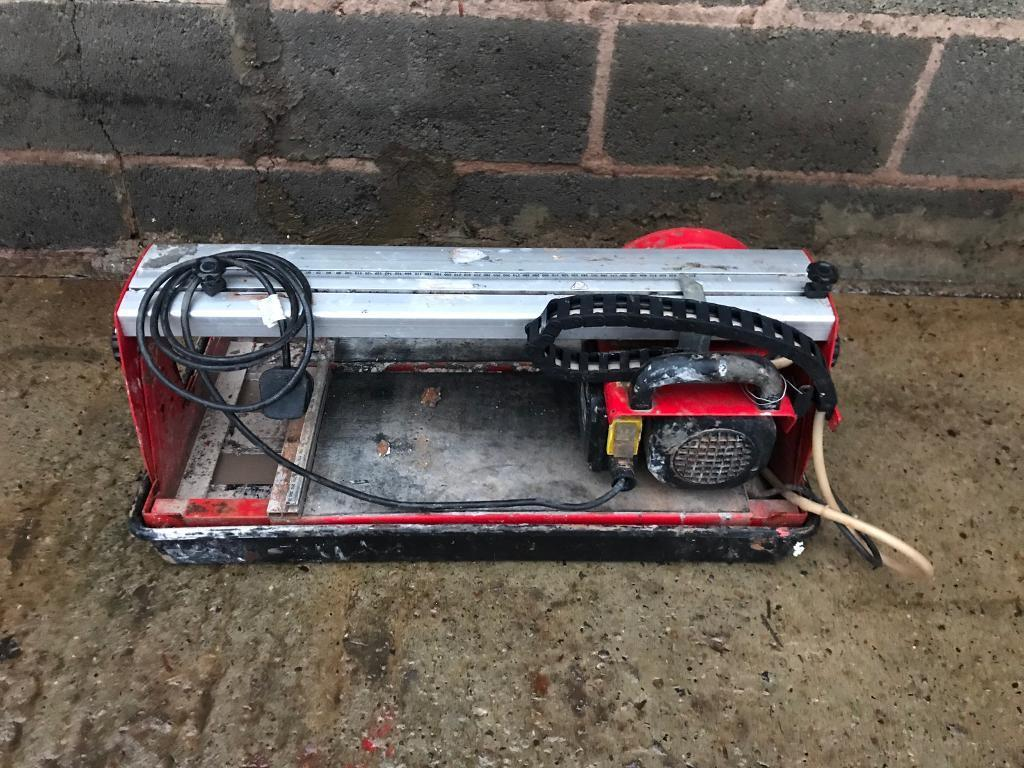 240v professional tile cutter