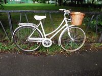 Vintage Ladies Raleigh Town Bike Bicycle. Fully Serviced & Ready To Ride. Guaranteed. 3 Speed