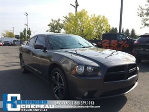 2014 Dodge Charger SXT **AWD, TOIT, BLUETOOTH + WOW**