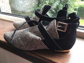 Next shoe boot