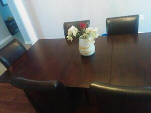 Dining table Cambridge Kitchener Area image 1