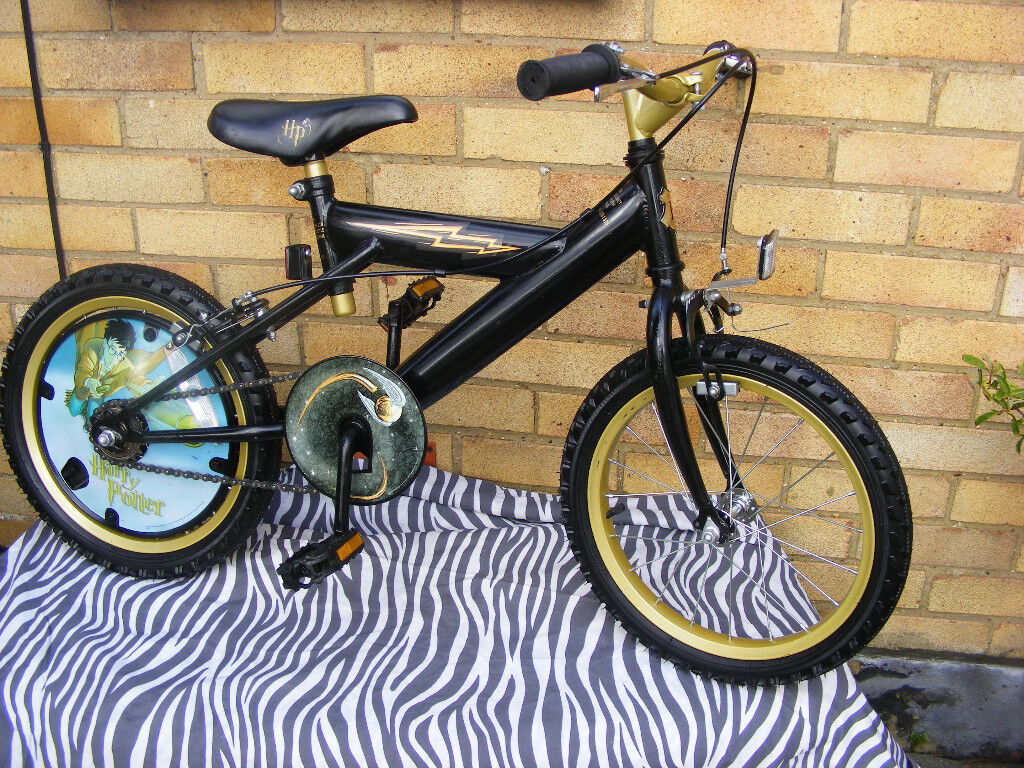 """HARRY POTTER 16"""" WHEEL BIKE HARDLY USED IN FANTASTIC CONDITION AGE 5+"""