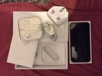 iPhone 6. (Unlocked | 16GB | Original Box)