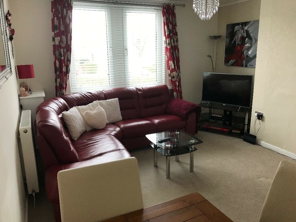 Rooms: Double Room To Rent In Beautiful 2 Bedroom Flat!