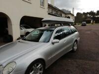Mercedes roof box & bars 210cms wide