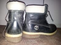 Timberland dark blue navy boots, white sole.
