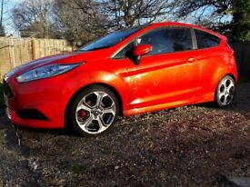 FORD FIESTA ST3 2014 MOLTEN ORANGE