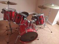 Full Pearl Export Drum kit with new drum skins