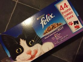 Felix cat food 42 pouches and 2x ceramic bowls