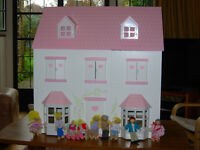 Dolls house & accessories