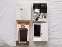Sony Z5 Compact white 32GB Unlocked all networks boxed + case