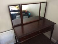 Nice dressing table (accept offers)