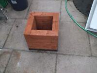heavy duty wooden planter