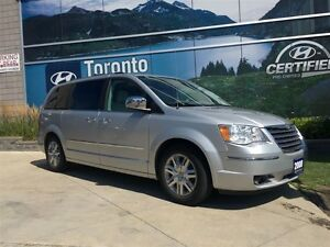 2008 Chrysler Town & Country Limited! LOADED! LEATHER! NAV!
