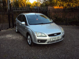 FORD FOCUS 1.6 GHIA 5DR HATCHBACK PETROL LOW MILEAGE F.S.H MOT 2KEY SUEDE AUX LADY OWNER EXTRAS A/C