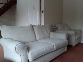 3 piece sofa - Excellent condition