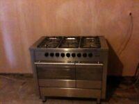 Diplomat ADP5340 Range cooker and Hygena APP2500 extractor hood