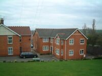 Laceyfields Rd, Heanor. 1 bedroom first floor flat. Set back from the road on private grounds