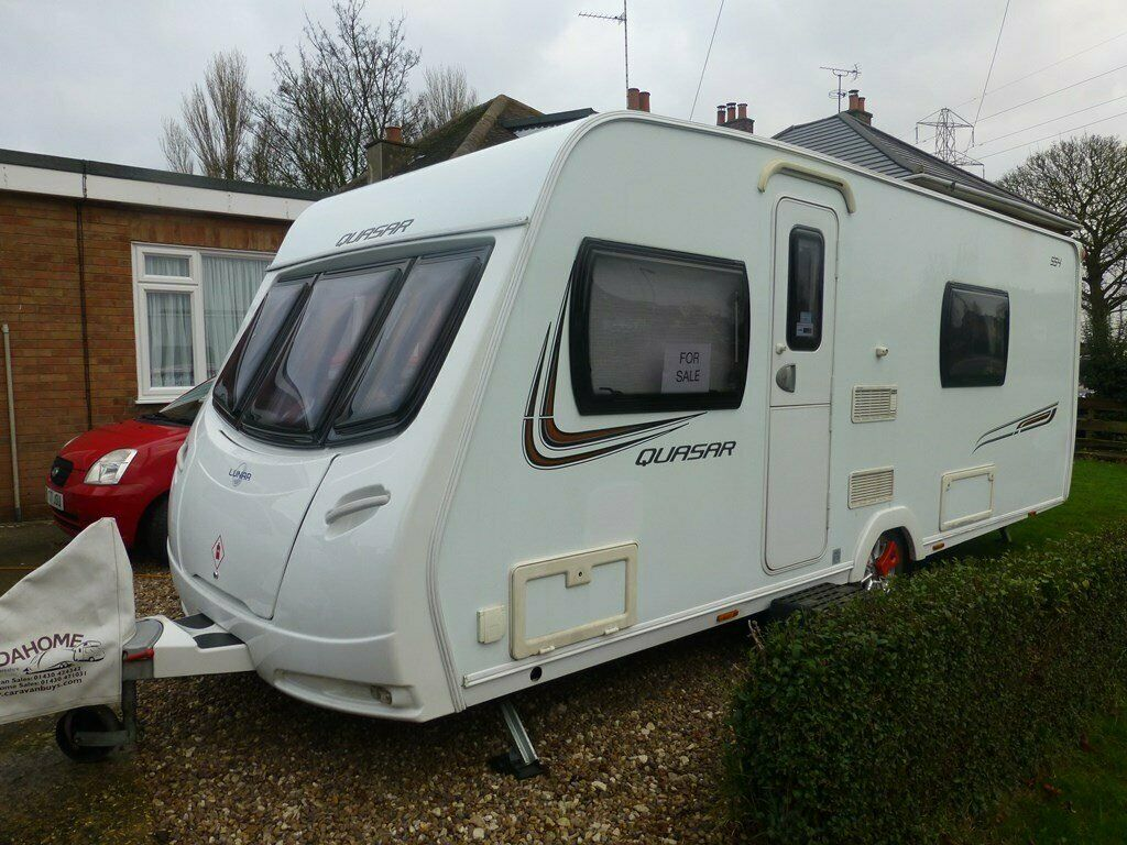 4 Berth Caravan For Sale Lunar Quasar 554 In Excellent
