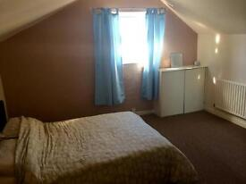 1 bedroom flat, furnished, carpets, double glazing, gas central heating, secure and spacious!