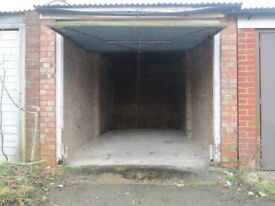 CM1 ~ Lock up garage ~ Windrush Drive ~ Springfield ~ Chelmsford ~ Wide turning space!
