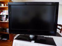 "32"" Flat Screen TV - Phillips"