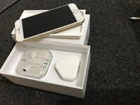 APPLE IPHONE 6S 16GB,GOLD,MINT CONDITION,BOXED + ORIGINAL ACCESSORIES,FACTORY UNLOCKED