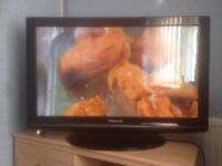 "Panasonic 37"" hd ready tv with freeview"