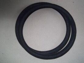 Kenda Semi Slick tyres 275 x 195