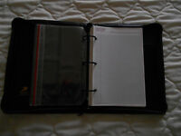 BLACK LEATHER-LOOK PERSONAL ORGANISER. Made by DAY RUNNER. Made in USA. VGC