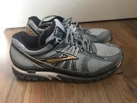 Brooks Beast running shoe size 10