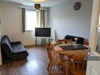 2 bedroom flat in London Road, Glasgow, G40 (2 bed) (#1053793)