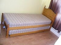 CAN DELIVER - SPACE SAVER SOLID PINE SINGLE BED WITH QUEST BED UNDER IN VERY GOOD CONDITION