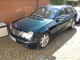 Mercedes C220 CDi estate. Elegance. Automatic. Low miles, Full History