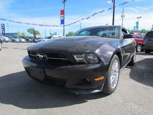 2012 Ford Mustang V6 Premium * LEATHER * HEATED POWER SEATS London Ontario image 3